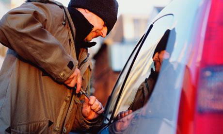 Car-theft-007